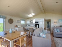 Granary Lodge kitchen / dining area