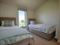 Granary Lodge twin bedroom