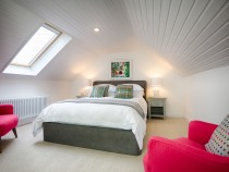 The Bothy king size master bedroom
